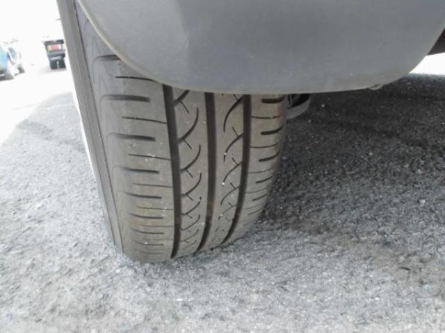 タイヤの目はしっかりと残っており、長く使えそうです