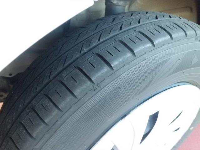 タイヤ溝あります。