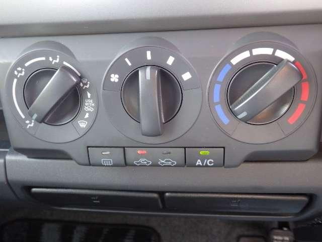 ダイヤル式のエアコンは操作性もよいですよ。