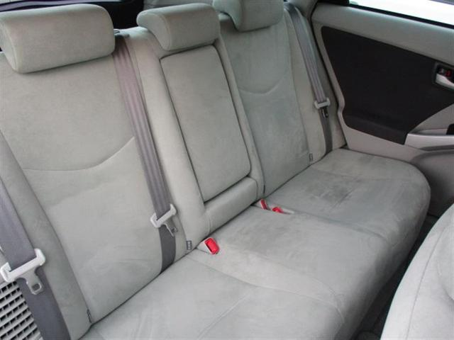 【後列】 リヤシートも広々空間♪ご家族・ご友人を乗せてお出かけしてください★シート状態も劣化も少なく良好な状態ですよ!