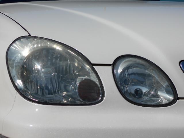 ヘッドライトレンズもピカピカです☆ライトレンズが綺麗な車輌は、クルマ全体が美しく感じます。