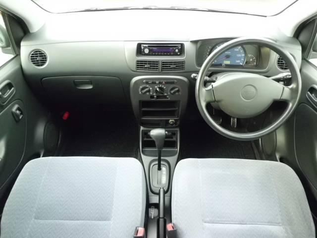 運転席、助手席のどちらにもエアーバックを装備しておりますので安心してお乗り頂けます。