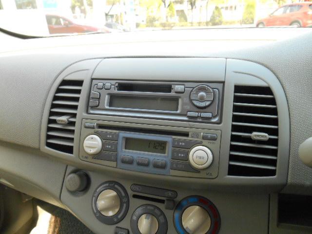 CD付きです。当たり前の装備ですが、現在の車には必需品です。いい音かけて、快適空間を演出して下さい。