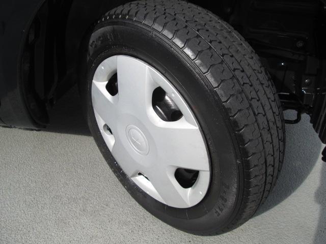 純正のフルホイールキャップです。タイヤのサイズは155/65R13★溝は2ミリです★