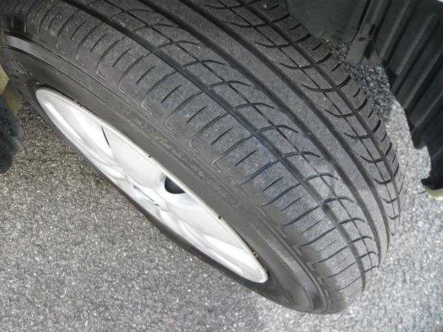 タイヤは6分山くらいあります。次回車検までは大丈夫