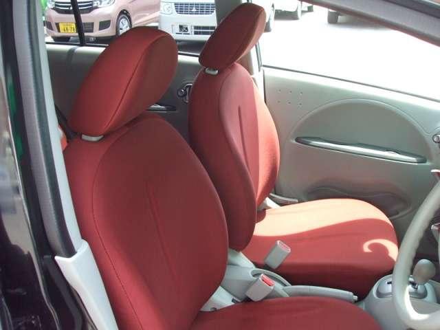 【運転席・助手席】です!シート状態も良好です♪