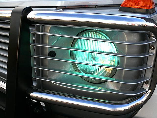 社外キセノンヘッドライトキット