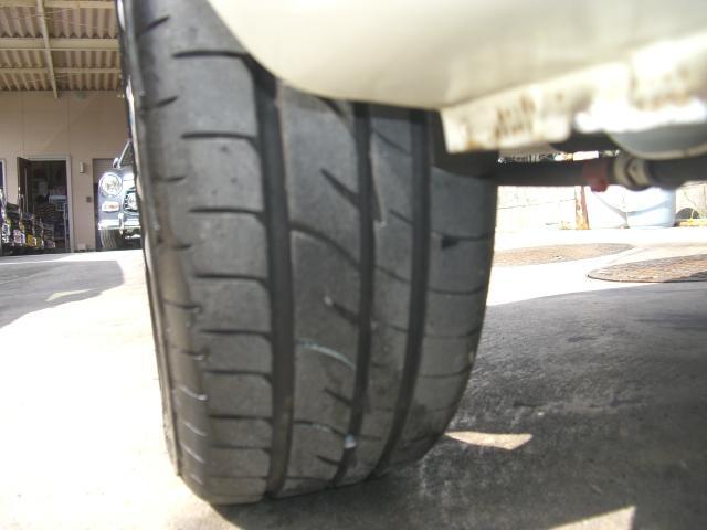 タイヤの山もしっかり残っています!