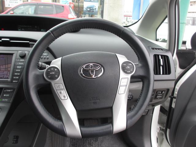 三重トヨタ自動車株式会社 U−Carフィールド 四日市店では県外販売も可能ですので、三重県内に限らず全国販売もいたしますのでまずはお問い合わせをお待ちしております。