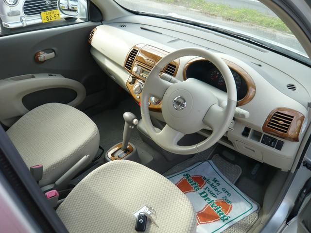 革巻ハンドル&運転席エアバック&助手席エアバック&ABS安全装備バッチリです!