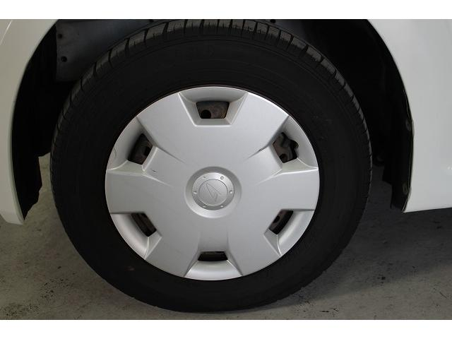 タイヤも溝も有ります(画像は左前です)