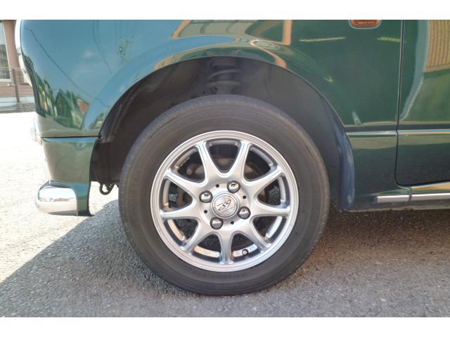 ローダウンする事によりタイヤとタイヤハウスの隙間を無くすことが出来ます!