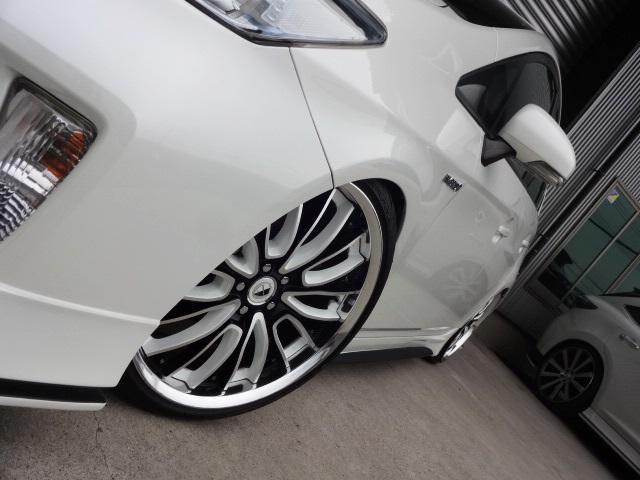 KUHL名古屋は足回りやホイルセッティングに自信があります!サスペンション・タイヤはすべて装着後実走チェックを行い、走破性が良く、品質の良いもののみを装着しておりますので乗り心地にも非常に自信あります