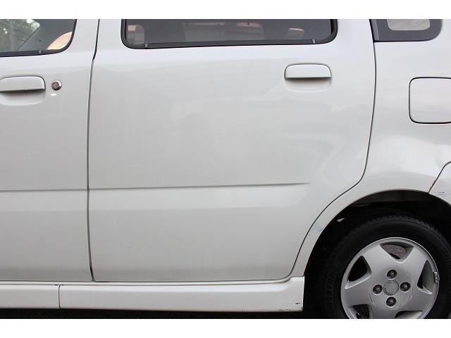 オークション仕入車だから走行距離は間違い無く実走行距離です!薄利多売店で値段とスピード重視でお探しの方は052−693−7263まで!もし通話中で出ない時は080−693−7263に!