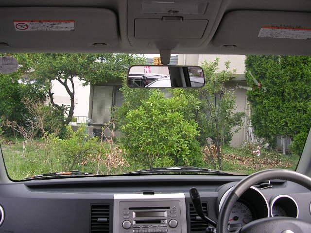 フロントガラスも大きく、視界性がいいので初心者の方でも楽々運転できますね(^^♪