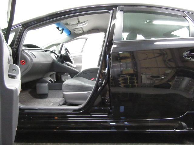☆高級車ならではの豪華装備です!【内装のコンディションはとても良好です!また、当社自慢の徹底抗菌クリーニング施工済みの車輌となりますので、気になる臭いもなく気持ち良く使用して頂けるかと思います。】☆