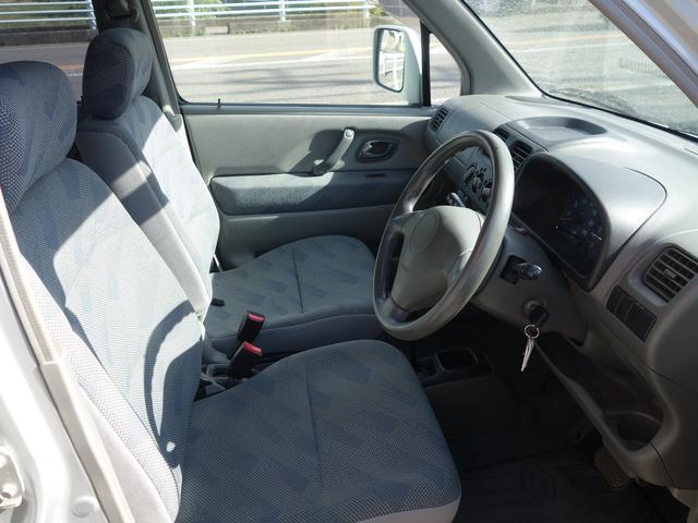 内装も綺麗です、現車にてご確認いただけます、お値打ちな車検付きをお探しの方へおすすめです。