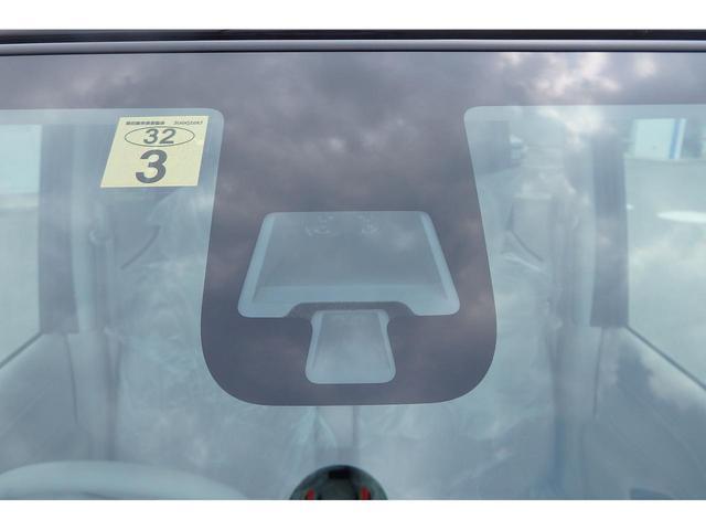 S 届出済未使用車 衝突軽減装置 アイドリングストップ(3枚目)