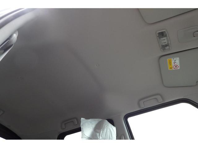 S 届出済未使用車 衝突軽減装置 アイドリングストップ(8枚目)