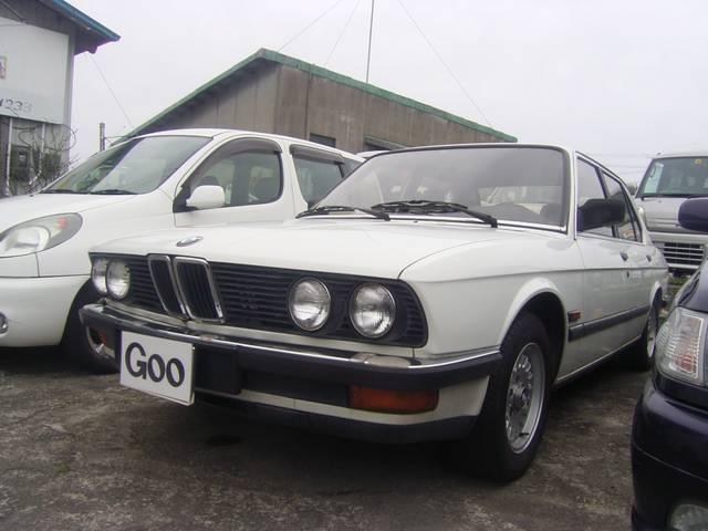BMW 5シリーズ 520i (なし)