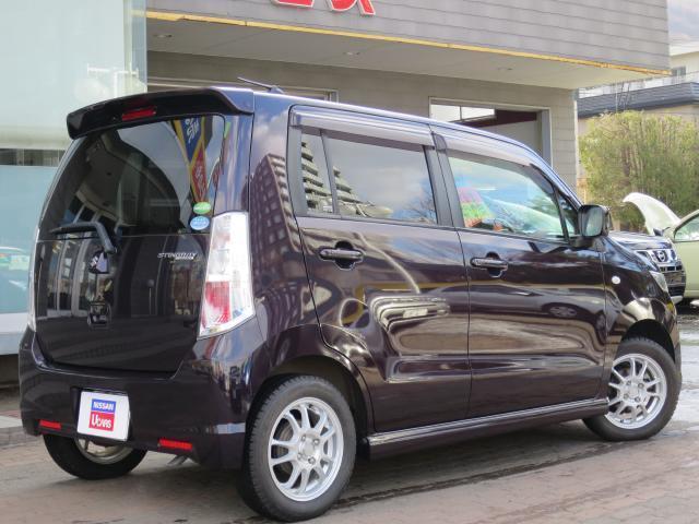 平成24年式のお車で車検は当店のサービス工場にて新規車検を取得致しますので安心してください。