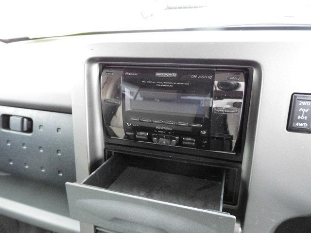 社外のCDコンポ装備!