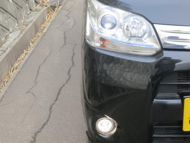 明るいディスチャージヘッドライトです。夜間のドライブもライトが明るいと安心感が違います