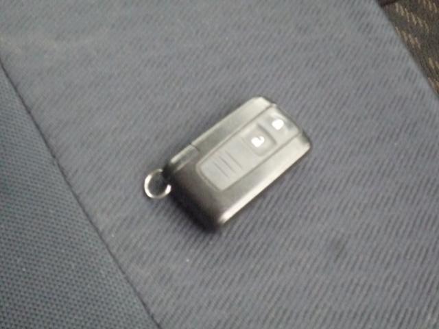 ■キーフリーなので、鍵を取り出さなくてもロック・アンロック・エンジン始動までできちゃいます☆