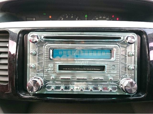 ドライブに絶対欠かせない必需品です!!音楽を聴きながらの運転は楽しいですよね♪