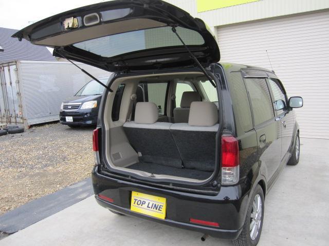 保安基準点検整備付!お車に詳しくない方でも当店スタッフが丁寧に説明致します。