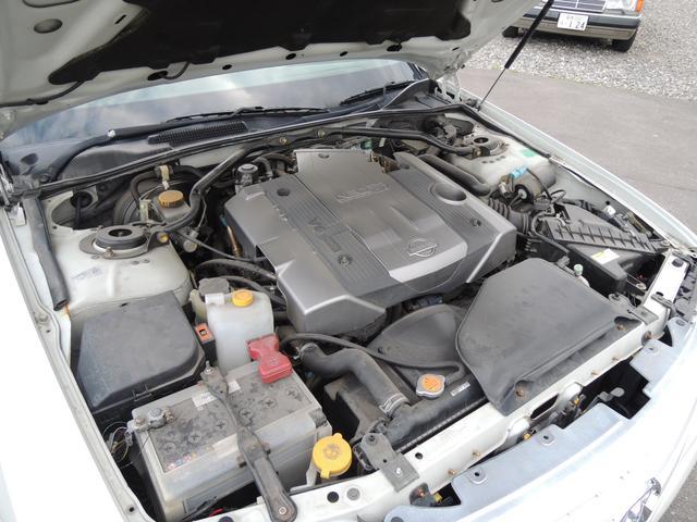 V6 3000ccの余裕の走りが体感出来ます