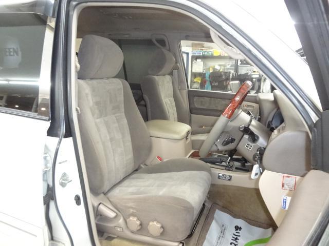天張りのコンディションも良くオススメの車両です!内装重視の方には、オススメの1台ですよ!是非、現車を見にご来店下さい!