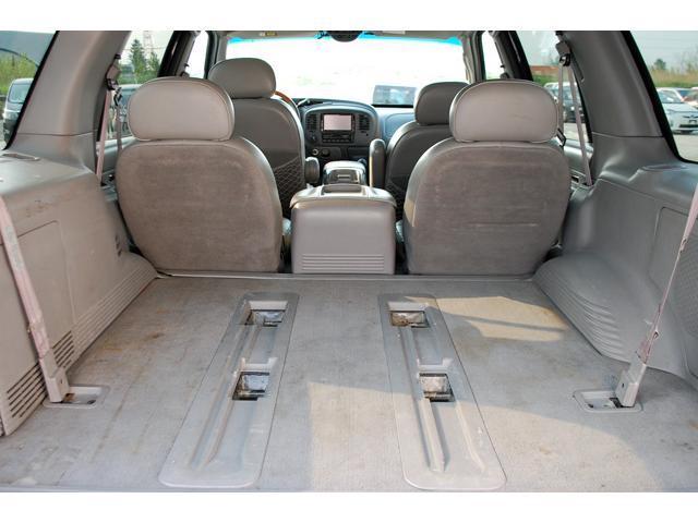 当店では常時100台以上の軽自動車・コンパクトカー・ミニバン・セダン・RVなど幅広い車種でお客様をお待ちしております。ご納得の1台を見つけるお手伝いをさせて下さい♪