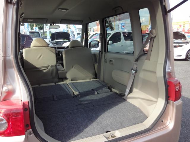 フルフラットで室内がこんなに広々使用できます!車中泊やお引越しなどにも役立つお車ですね♪☆お問い合わせフリーダイヤル0120−03−1190 ☆ メール sankyo8585@email.ne.jp