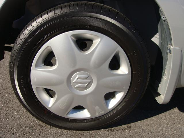 タイヤ残り6部山◆スタッドレスタイヤ・アルミホイールなどのご相談もお気軽に!中古のタイヤ・ホイールなどのご紹介もさせていただきます!