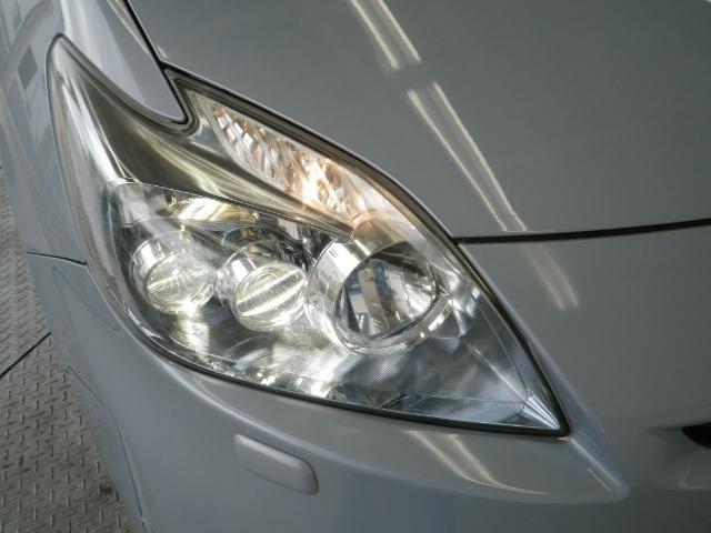 少ない消費電力でクリアな視界を確保するLEDヘッドライトです