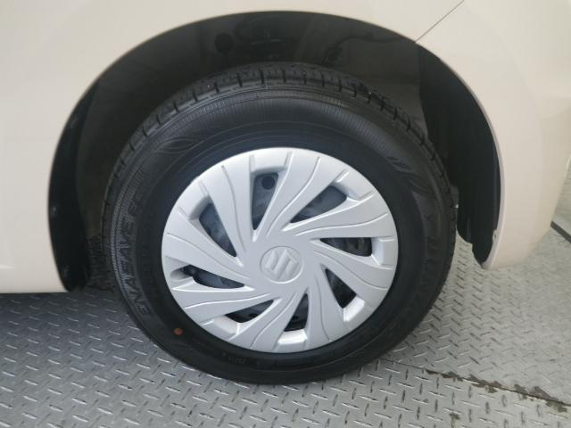 タイヤサイズは145/80R13です