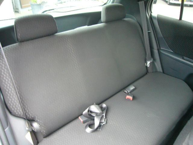 シートには穴等も開いておりませんのでとってもキレイ!