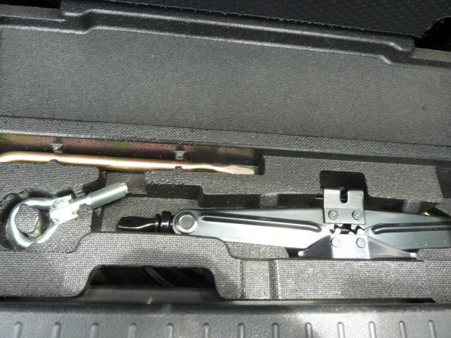 純正工具もあり