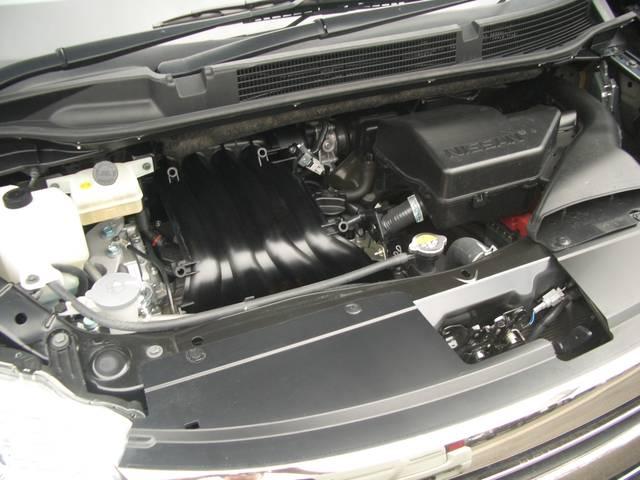 直列4気筒DOHC+モーターJC08モード燃費15.2km/リットル(カタログ参照)