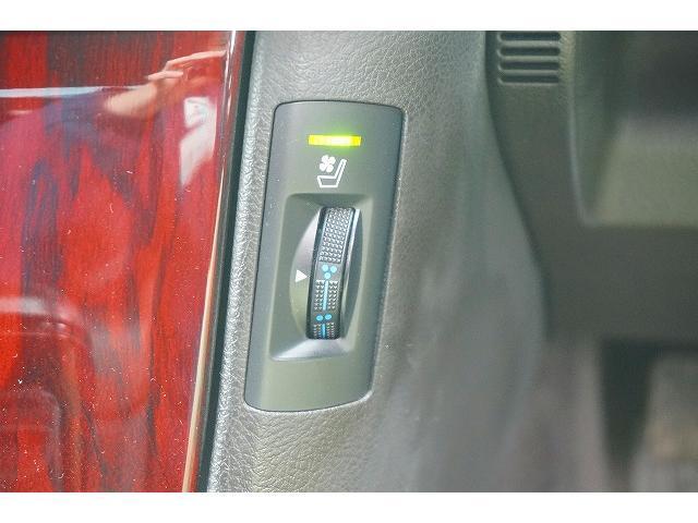 トヨタ クラウンハイブリッド Gパッケージ 後期 HDDナビ 本革シート プリクラッシュ