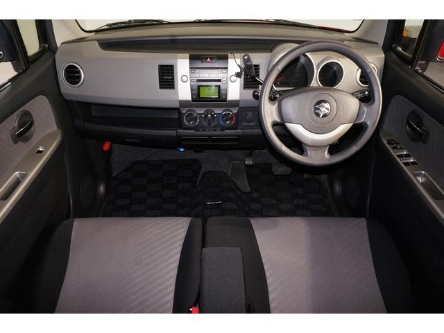 エアバック・ABS・キーレス・HIDヘッドライト・CDデッキ・キー&フットイルミネーション。