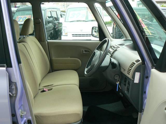 座って視界がいいのに驚きます!とっても運転しやすいです!\(○^ω^○)/