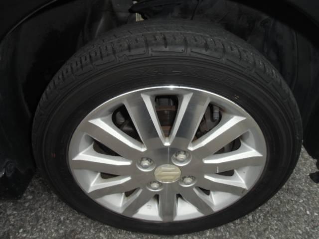 ヘッドライト コーティング施工も行っています。ヘッドライトが綺麗だとお車の印象も違います♪詳細はスタッフまでお問い合わせください。