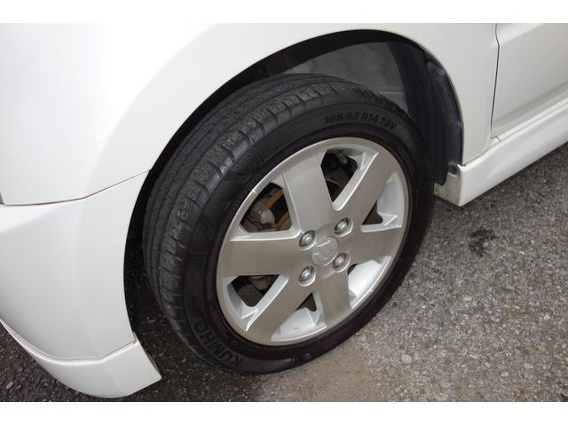 新品タイヤに履き替えて納車になります