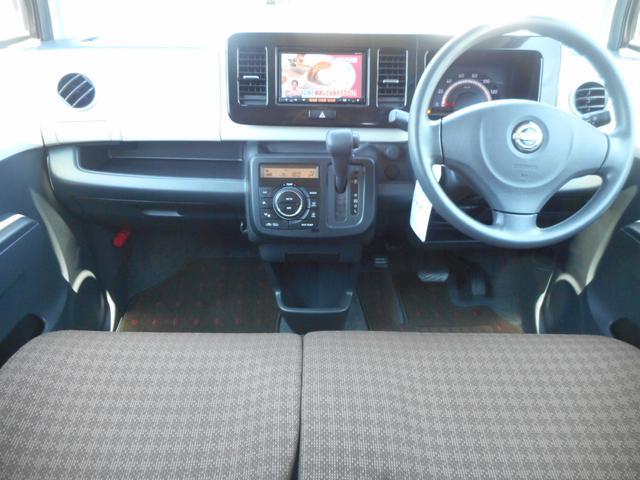 運転席&助手席の写真です。クリーニング済みでキレイになっていますよ♪シートも、ゆったりしているので、長距離ドライブもいいですね♪
