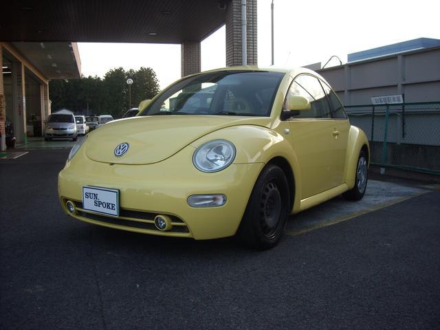 ニュービートルは根強い人気があります。イメージカラーの黄色が良いです!!
