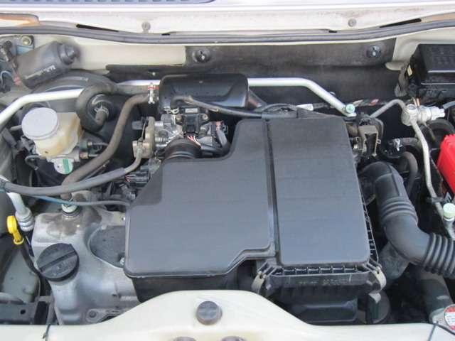 納車整備時にエンジンオイル・オイルエレメント・ワイパーゴム・バッテリーの交換を行います!