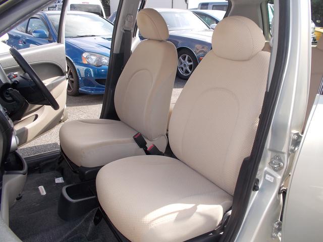 すわり心地の良い専用シート♪もちろん運転席・助手席共にシートもヘタリ・シミ・ほつれ・破れ等もなくキレイな状態です◎