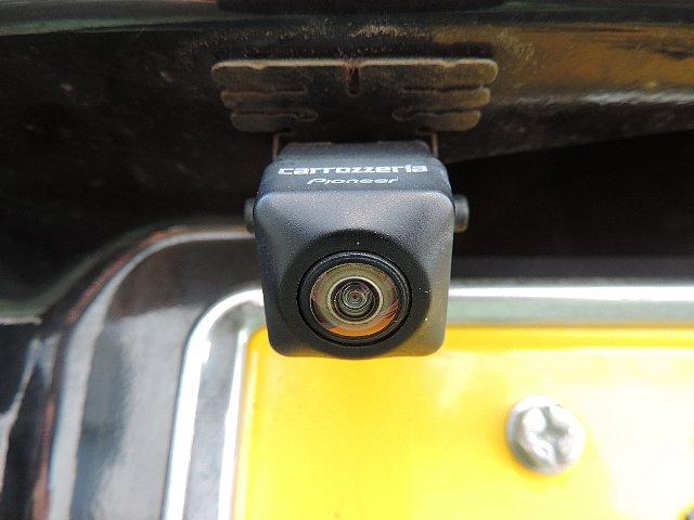 バックカメラ搭載なので後進も安心安全です。